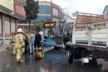 Sultanbeyli'de kamyonet ile özel halk otobüsü çarpıştı