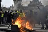 Sarı yelekliler yine sahnede! Paris meydanı savaş alanına döndü