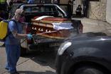Mezarlıklarda yer kalmadı! Cenazeleri evlerin önüne bırakıyorlar