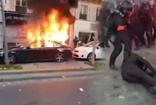 Fransa savaş alanı gibi Paris karıştı! Macron ve Bakanlara istifa çağrısında polise taşlı saldırı