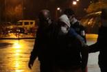 Bursa'da kısıtlamaya uymayan kardeşler terör estirdi! 3 polis yaralandı