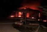 Tokat'ta iki katlı çiftlikte elektrik kontağından yangın çıktı; çiftlik kullanılamaz hale geldi