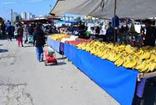 Adana'da tanzim satışa yoğun ilgi; pazar yeri tenhalaştı