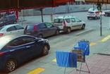 Başkentte kadın sürücü çarptığı aracın sürücüsünü tekme tokat dövdü
