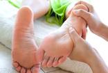 """Ortopedi ve Travmatoloji Uzmanı Dr. Burak Önvural, """"Hamilelik topuk dikenini tetikliyor"""""""
