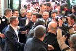 İstanbul Büyükşehir Belediye Ekrem İmamoğlu ilk mesai gününde belediye binasına geldi