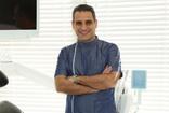 Protez uzmanından diş eti kanamalarına çilek tavsiyesi