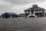 ABD'de Florence Kasırgası vurmaya devam ediyor
