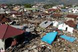 Deprem ve tsumaninin vurduğu Endonezya'da yeni bir deprem daha
