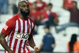 Antalyasporun golcüsü  Doukara Fransa'da reyon yöneticiliği yapmış