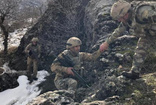 Diyarbakır'da PKK'lı teröristlere ait 8 sığınak bulundu
