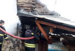 Gümüşhane'de bir evin çatısında yangın çıktı