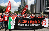 DİSK, İsrail'in Filistin'e yönelik saldırılarını protesto etti