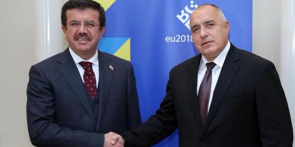 Ekonomi Bakanı Nihat Zeybekci'den Bulgaristan'da yoğun mesai