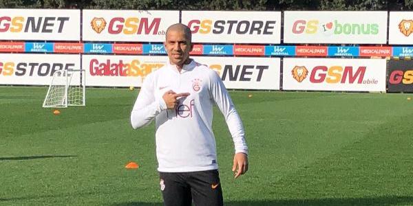 Galatasaray'ın Cezayirli yıldızından flaş açıklamalar