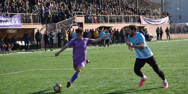 BAL Ligi'ndeki futbolcuya genç milli takım daveti