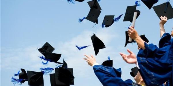 Üniversite mezunu işsizler 55 ilin nüfusuna eşit
