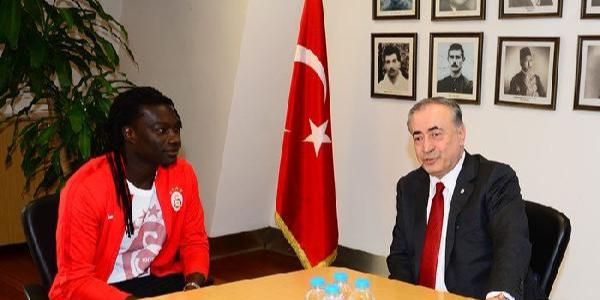 Gomis, Galatasaray Başkanı'na söz verdi: Güveninizi boşa çıkarmayacağız