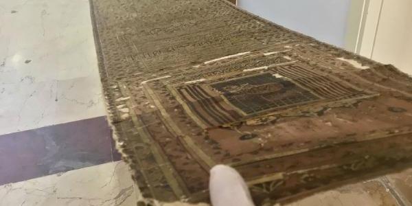 İstanbul'da yurt dışına kaçırılmak istenen 300 yıllık altın varaklı şecere operasyonu