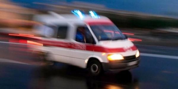 İstanbul TEM  otoyolunda çevik kuvvet aracı devrildi: 5 polis yaralı