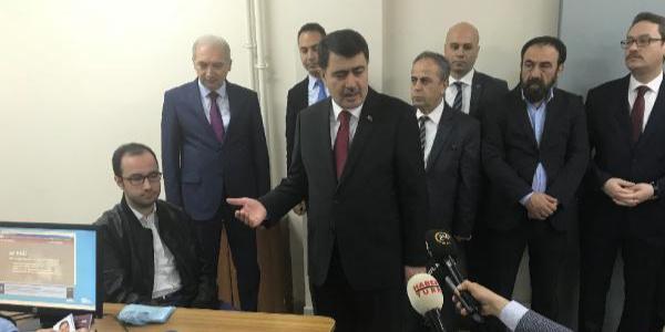 """İstanbul Valisi Vasip Şahin """"Üçü bir yerde"""" uygulamasının ilk gününde denetime çıktı"""