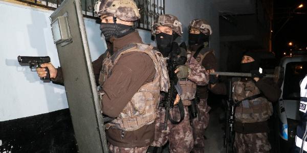 Adana Emniyeti'nden  sahte polis operasyonu