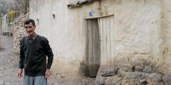Eşi çocukları da alıp evi terkedince hayatına son verdi