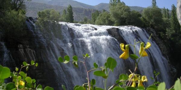 Erzurum'da Tortum Şelalesi için imza kampanyası başlatıldı
