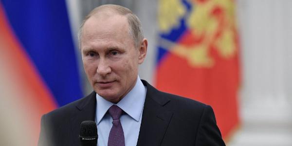 Putin, 17 ülkenin büyükelçisine 'endişelerini' bildirdi