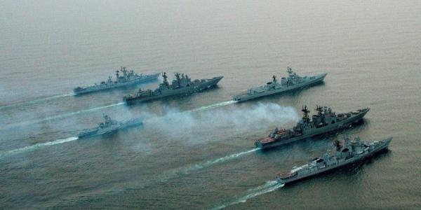 Rus donanma gemilerine Suriye kıyılarında tatbikat emri