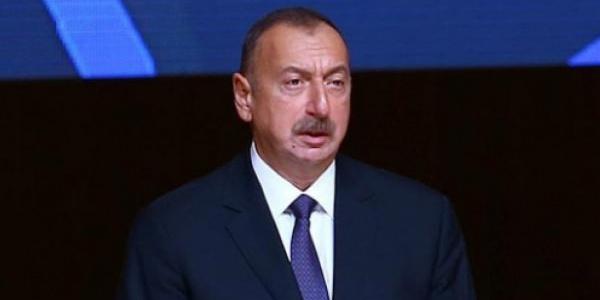 Azerbaycan'da Aliyev'e yan bakılmıyor:  Yüzde 86,9 oyla yeniden cumhurbaşkanı