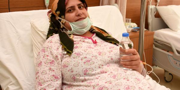 68 yaşındaki kadının böbreği Barış'a umut oldu