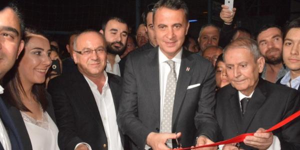 Fikret Orman, Akhisar'la yapılacak maç öncesi Akhisar'da dernek binası açtı