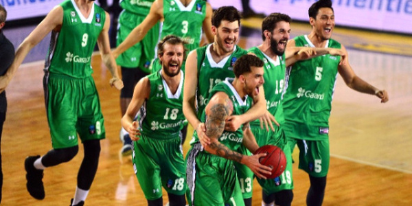 Darüşşafaka, Türkiye'ye 8. Avrupa kupasını getirdi