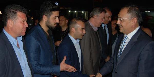 Bakan Mehmet Özhaseki'den Kayseri'ye 6 minareli cami sözü
