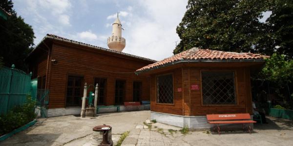 Eyüpsultan'daki Kaşgari Camii Ramazan'a yetişiyor