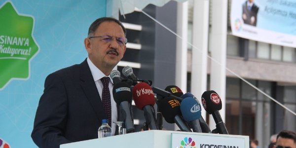 Eskişehir ile Kayseri başkanları arasındaki at atışmaya Bakan  Özhaseki de dahil oldu