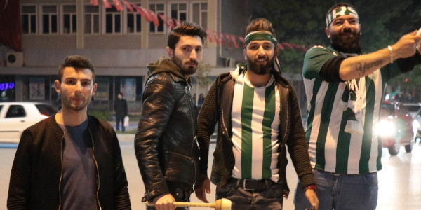 Takım 3. lige çıktı,  binlerce Kırşehirli sokağa döküldü