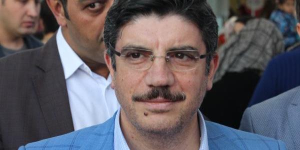 AK Parti'li Yasin Aktay'dan  15 vekille ilgili flaş yorum: İki çıplak bir hamama yakışır