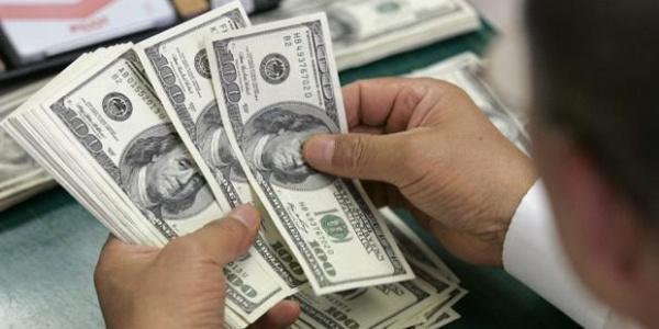 Güne 4.10'dan başlayan dolar düşüşe geçti