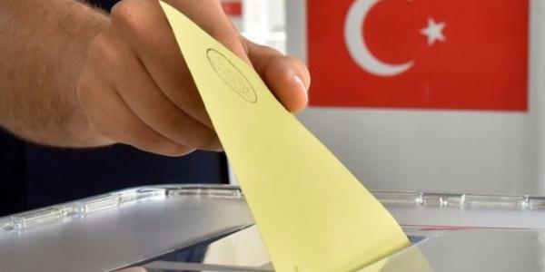 Diyarbakır'da iyasi partilerin başkanlarından erken seçim yorumu