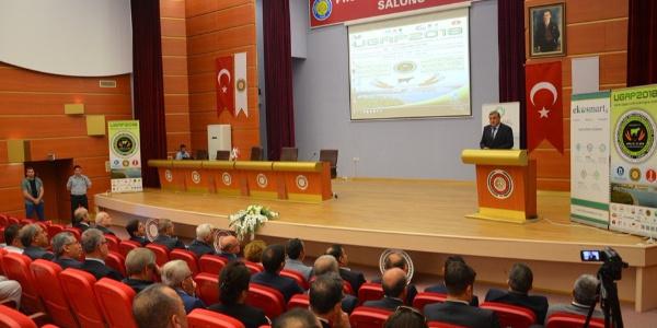 1'inci Uluslararası GAP Tarım ve Hayvancılık Kongresi'nde 425 akademisyen GAP'ı masaya yatırdı