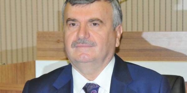 Konya Büyükşehir Belediye Başkanı Tahir Akyürek vekillik için istifasını verdi