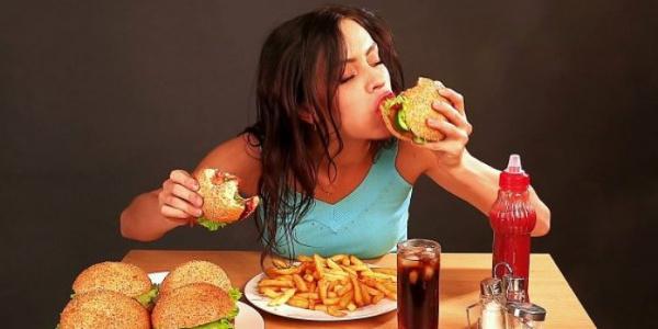 Yeme bozukluğu kilo almada en büyük sayıldı