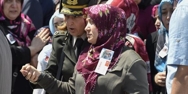 Uludere şehidi piyade Onbaşı Sedat Mekan için İstanbul'da son görev