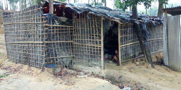 Rohingya Müslümanları şimdi de şiddetli yağmur tehdidi altında