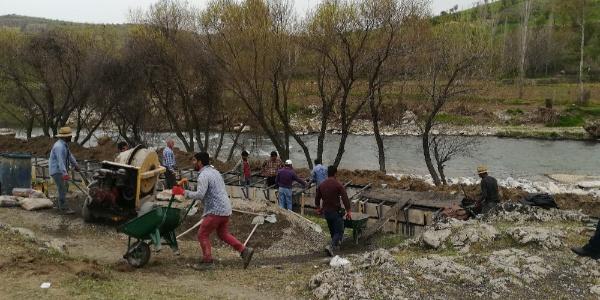 Diyarbakır'da 10 bin dönüm arazi suya kavuşacağı günü bekliyor
