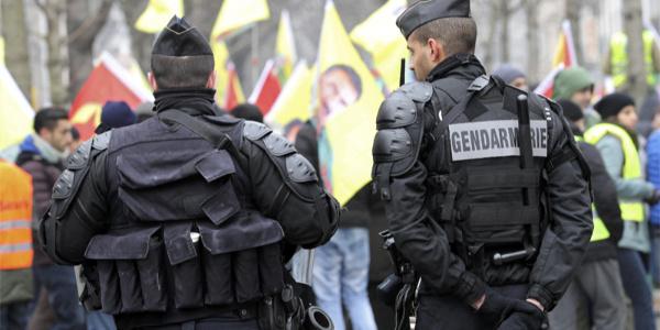 Göteborg'da PKK yandaşlarından İsveçliye linç girişimi