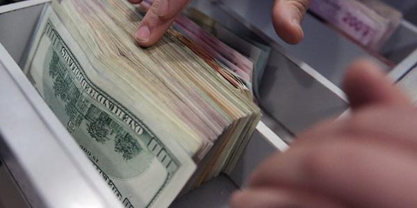 Merkez Bankası'a göre finans dışı şirketlerin döviz pozisyon açığı 222.75 milyar dolar