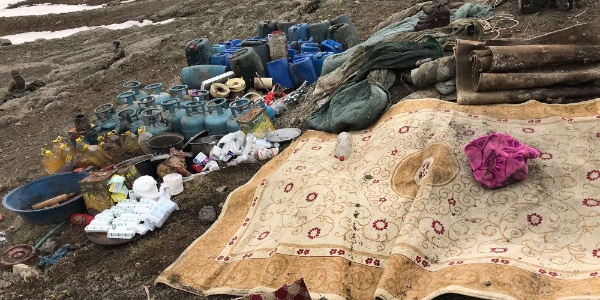 Van'da terör örgütüne bir darbe daha: Çok sayıda malzeme ele geçirildi
